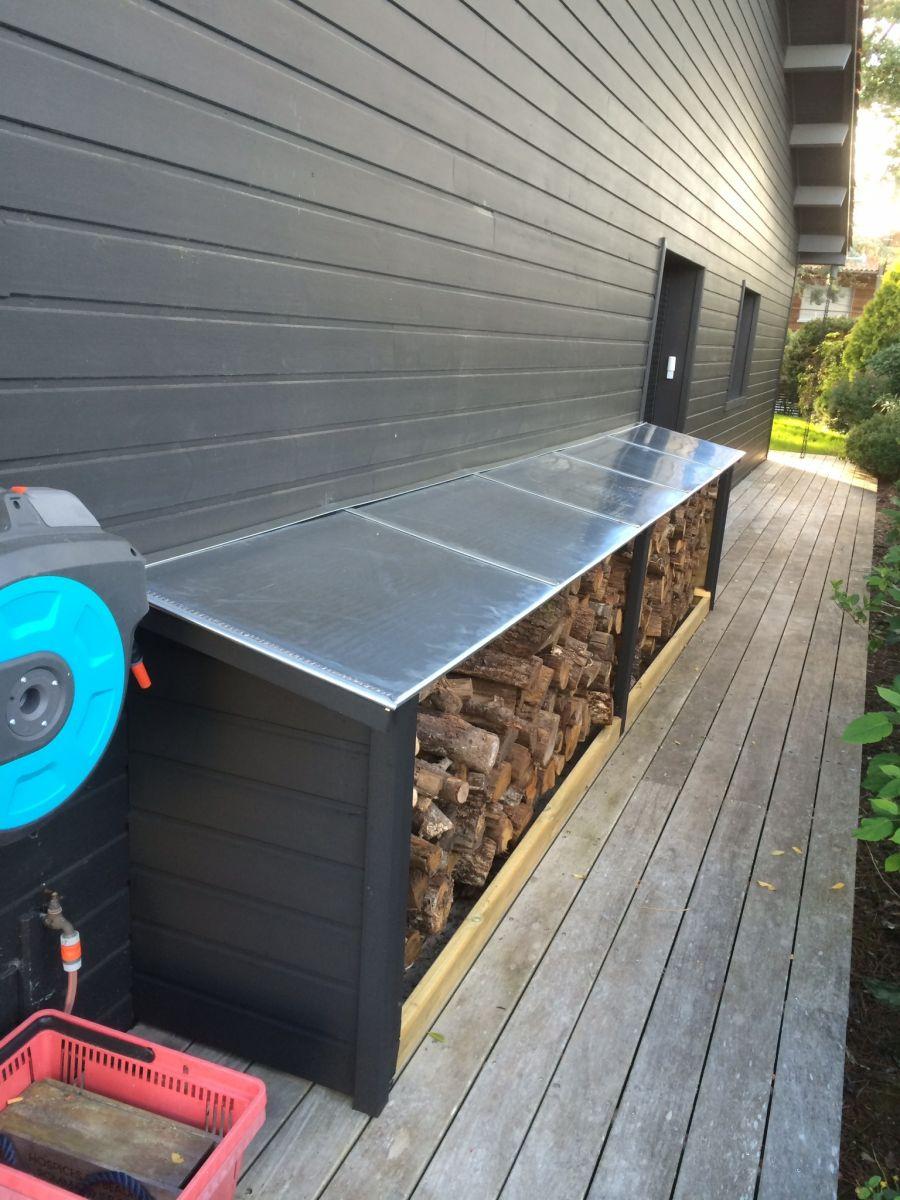 Abris bois avec toit en zinc 33950 gironde for Toit en zinc noir