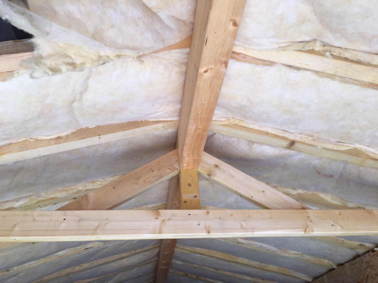 Garage en bois lege cap ferret gironde for Isolation plafond du garage