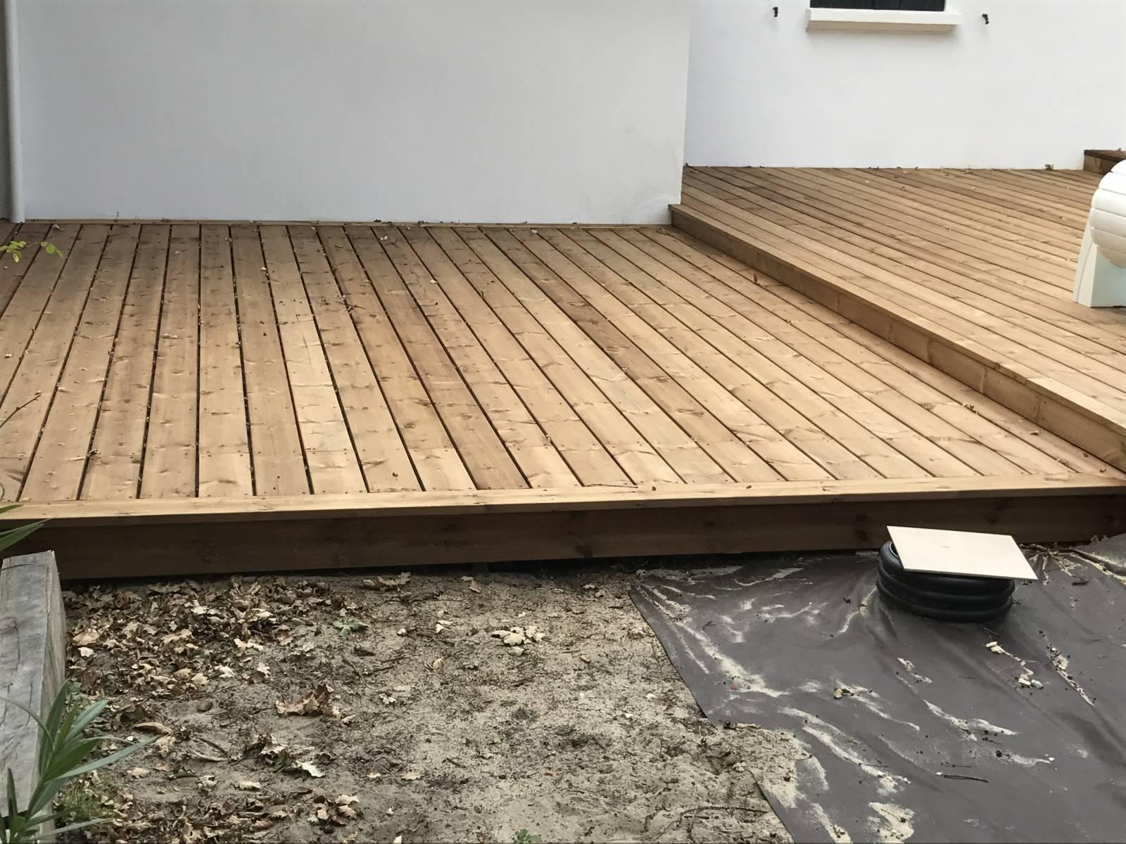 Construction D Une Terrasse En Pin Brun Lege Cap Ferret Gironde ~ Construction D'une Terrasse En Bois